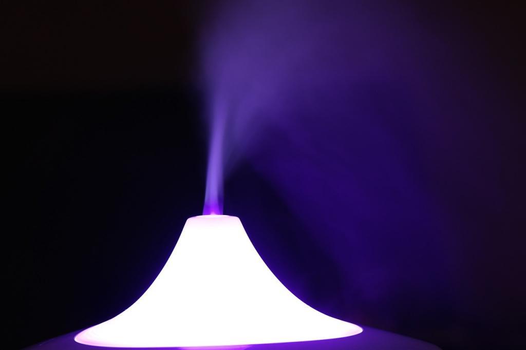 Nawilżacz powietrza – dowiedz się jaki kupić i jak ważny jest w domu!